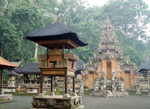 "A Hindu temple at the Ubud Monkey Forest and Natural Reserve - ""Pura Dalem Agung Padantegal 200507"" by ?. Licensed under CC BY-SA 3.0 via Commons - https://commons.wikimedia.org/wiki/File:Pura_Dalem_Agung_Padantegal_200507.jpg#/media/File:Pura_Dalem_Agung_Padantegal_200507.jpg"
